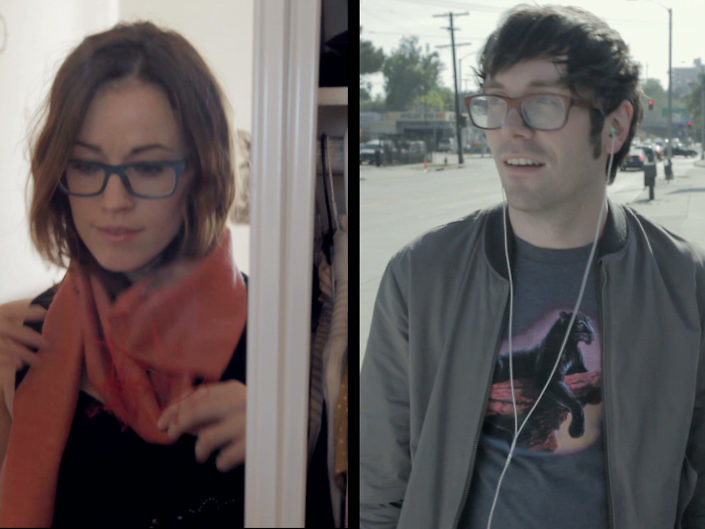 """S2E4 """"Hipsters Texting"""""""